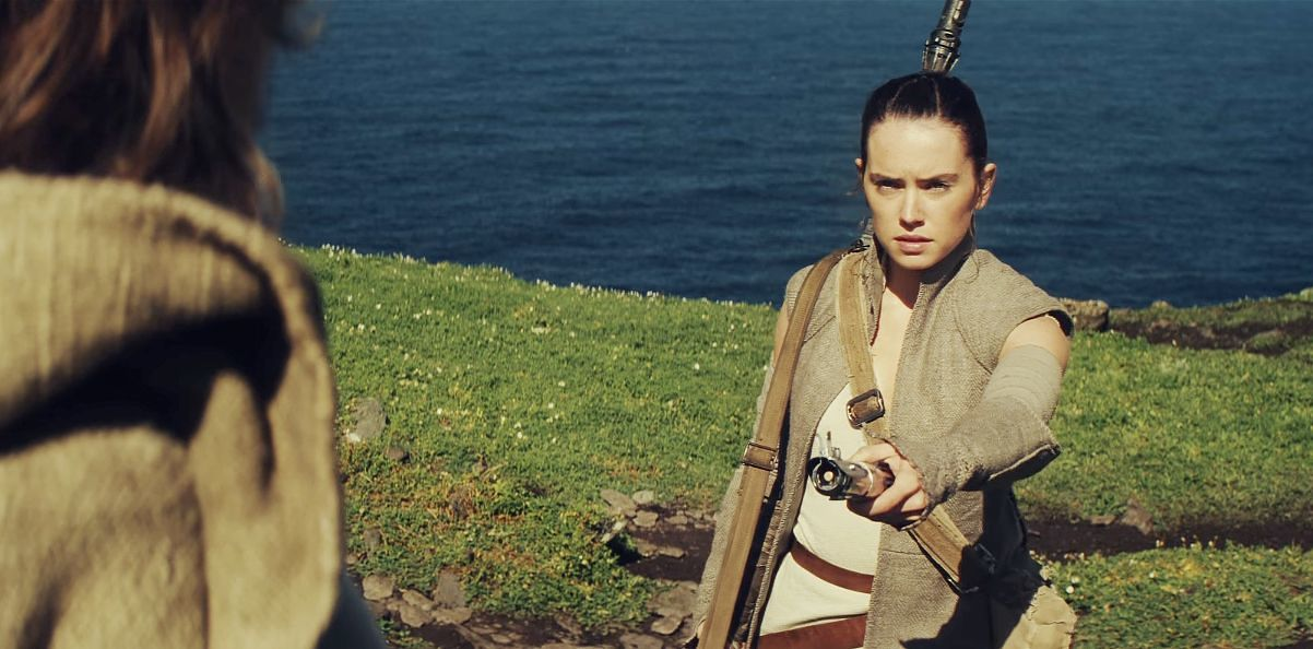 new-star-wars-episode-8-info-hints-at-luke-skywalker-s-secret-jedi-mission-rey-reaches-ou-872697.jpg